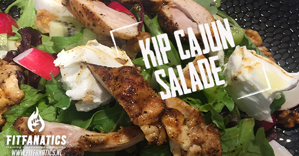Kip cajun salade